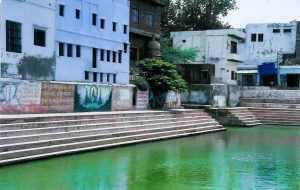 View of the sacred Radha Kund on the parikrama maarg
