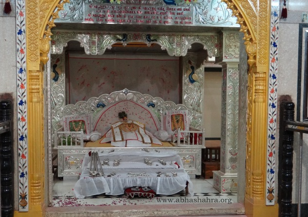 Complete Shringar darshans of Gaadi sewa