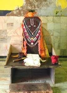 Giriraj Govardhan Darshans